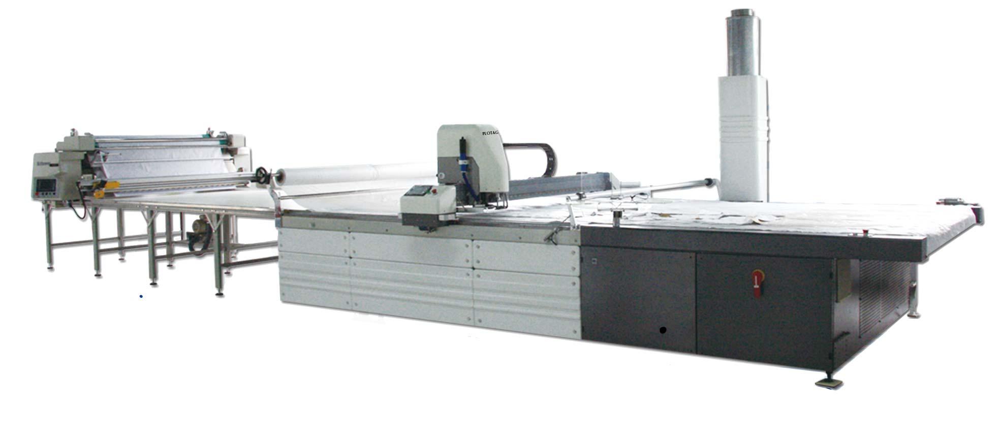 Maquina de enfestar e cortar tecido